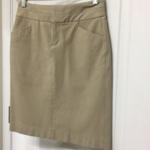Banana Republic Pencil Skirt Tan 00P